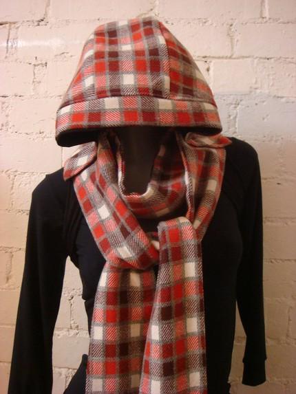 hoodie-scarf